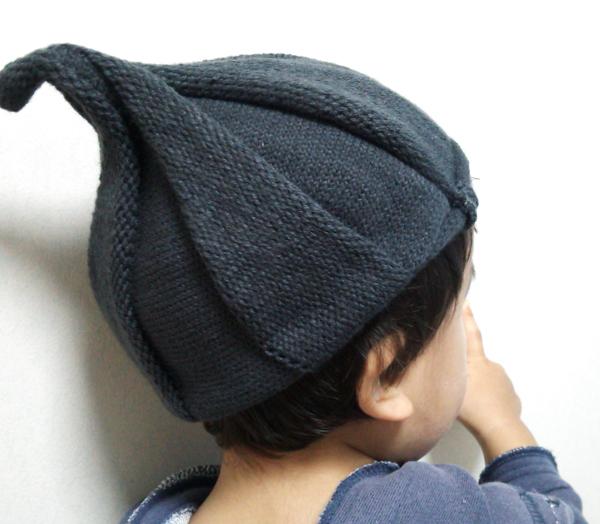 とんがり ニット帽